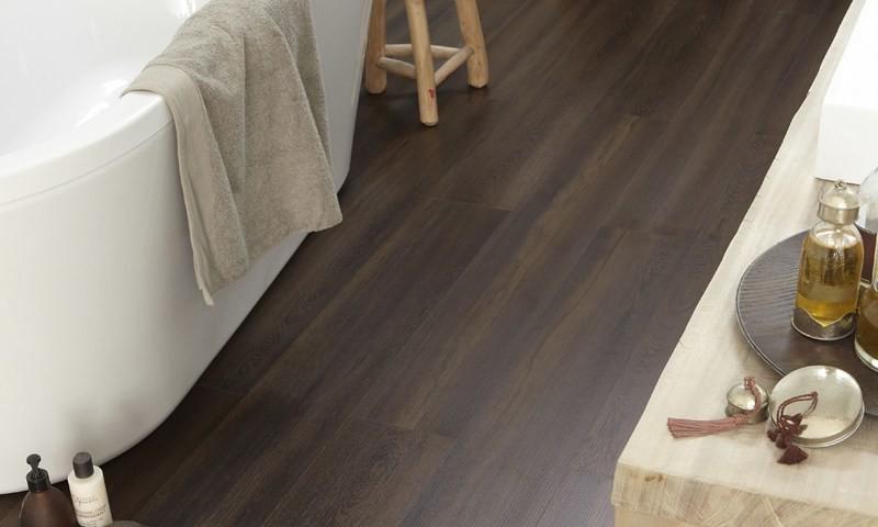 AQUASTYLE 832. Pavimento Tarkett in laminato effetto legno - Media ...
